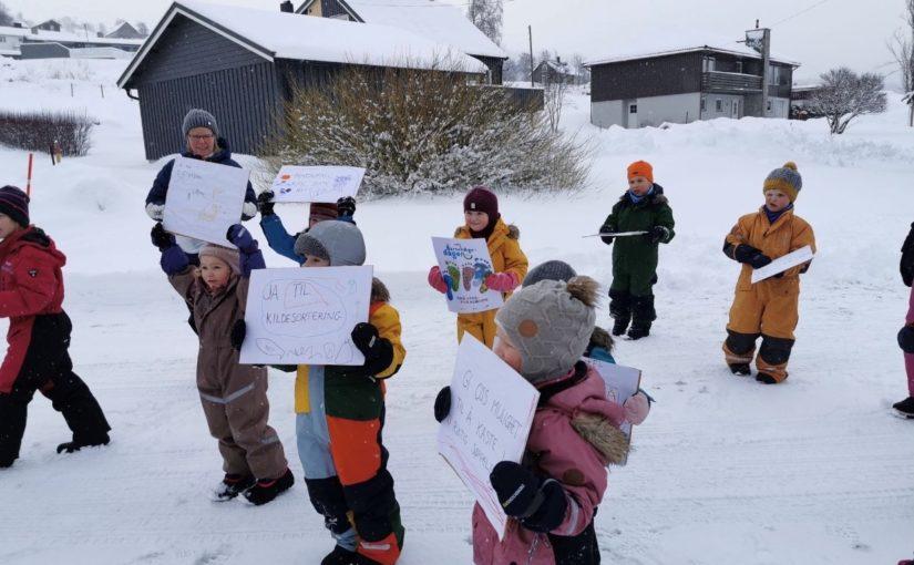 Barnehagedagen – Demonstrasjonstog i Kommunehuset